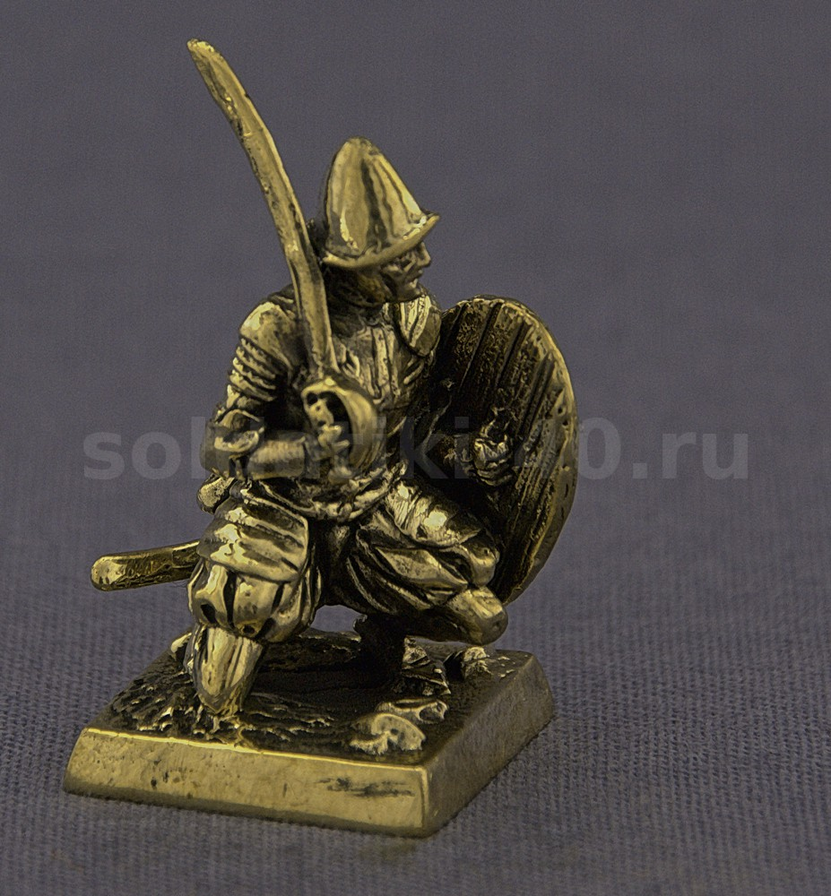 Мальтийский сержант со щитом, №1